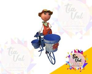 Foto de BONECOS DE FERRO boneca c/ bicicleta azul