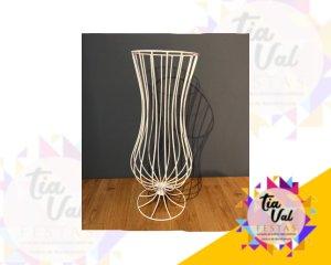Foto de Vaso branco de ferro p/ arranjo chão
